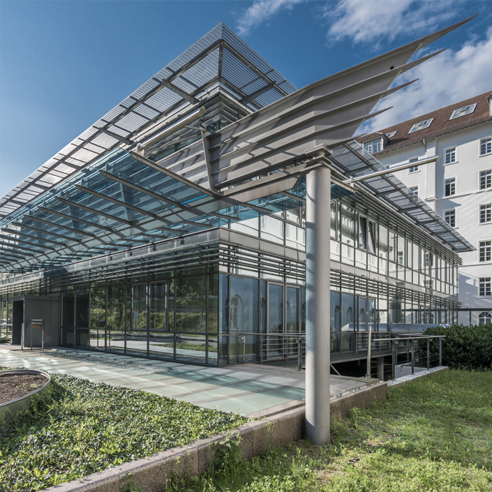 Vitrum 128 Motiv Glass Fassade