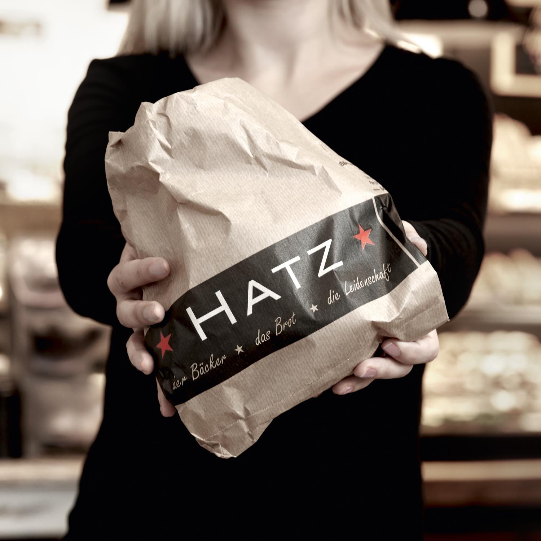 Hatz Key Visual Tüte